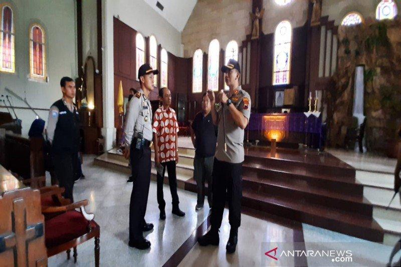 Polresta Surakarta cek sejumlah gereja
