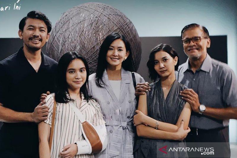 """Film """"NKCTHI"""", film keluarga untuk kita berkaca"""