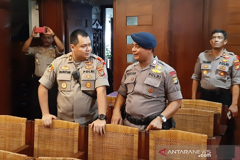 Polisi benarkan penyelidik KPK kurang syarat administrasi ketika mau geledah DPP PDIP
