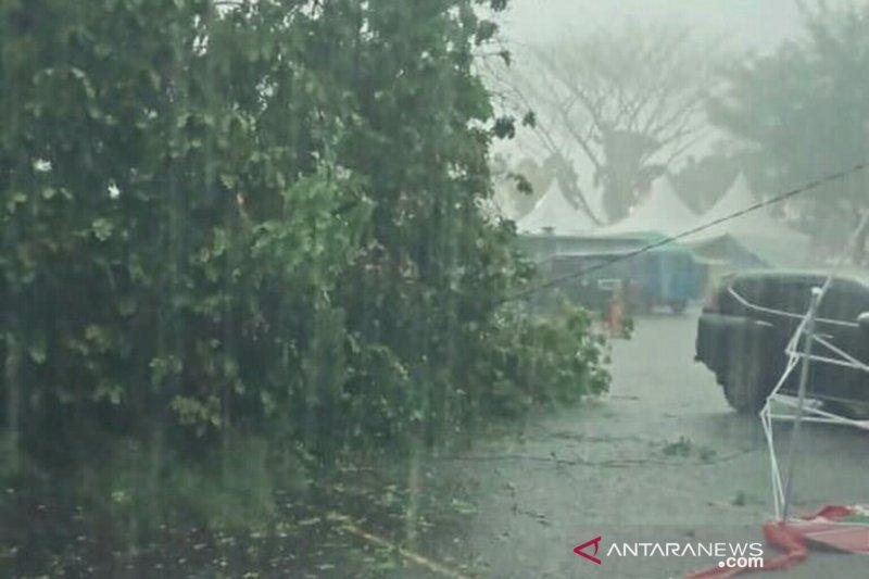 Hujan ekstrem pascagerhana matahari cincin landa Kota Palembang