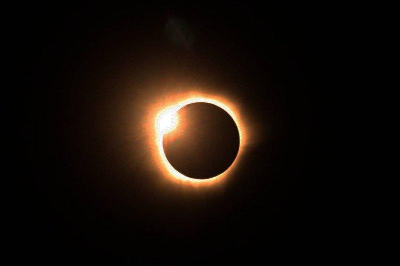 Minggu (21/6), gerhana matahari cincin teramati di Bengkulu