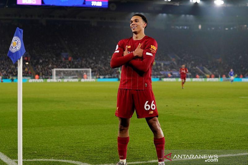 Liverpool babat Leicester 4-0 berbekal dominasi total