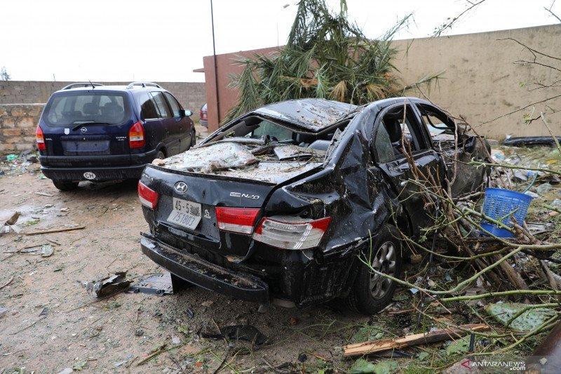 Kamp militer Tripoli diserang, 28 orang tewas