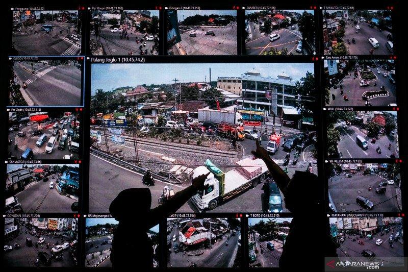 Pantauan arus lalu lintas jelang libur tahun baru