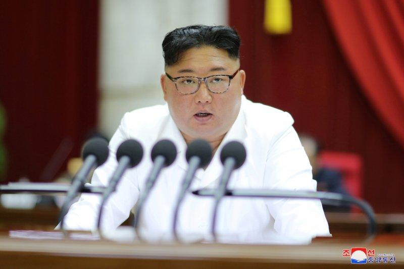 Kim Jong Un arahkan latihan militer di tengah upaya cegah corona