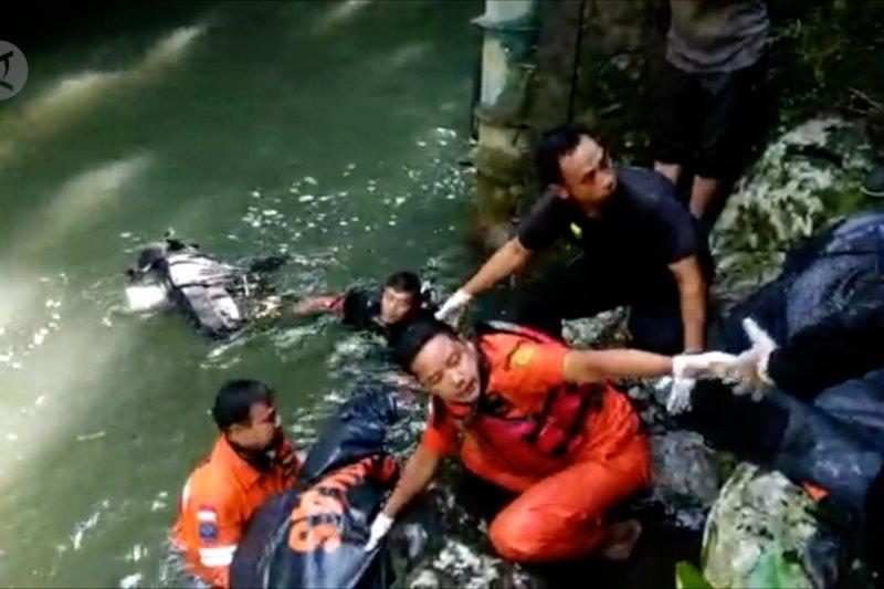 Terjun dari atas bendungan di Lombok, wisatawan tewas