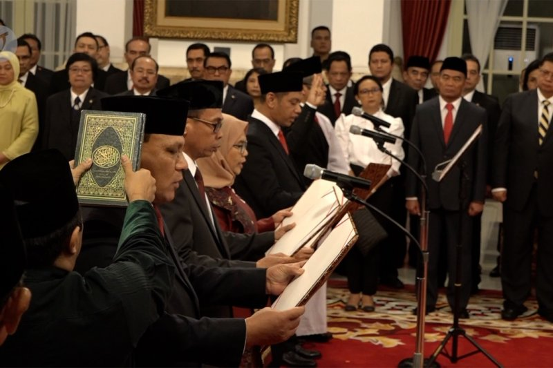 Pimpinan KPK yang baru resmi dilantik