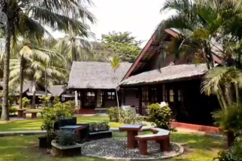 Jumlah kunjungan villa dan hotel di Carita masih terdampak tsunami
