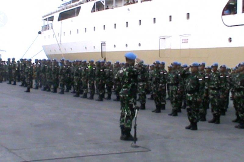 Pangdam XIV/Hasanuddin lepas 400 personel pasukan perdamaian PBB