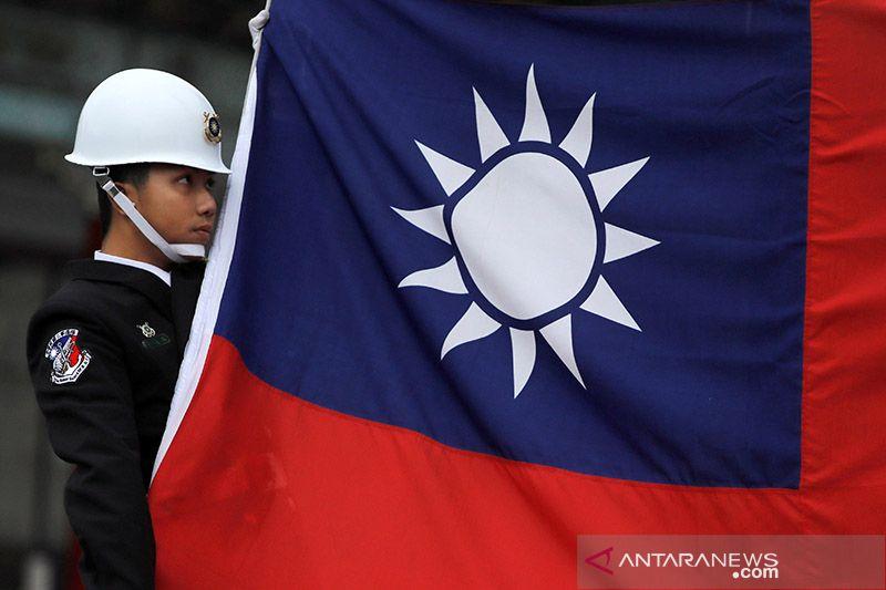 Pejabat militer Taiwan hilang setelah helikopter mendarat darurat