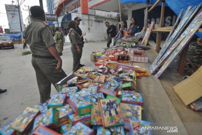 Penertiban petasan jelang pergantian tahun di Palu