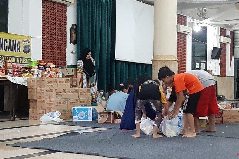 Warga Bendungan Hilir terdampak banjir butuh bantuan pakaian