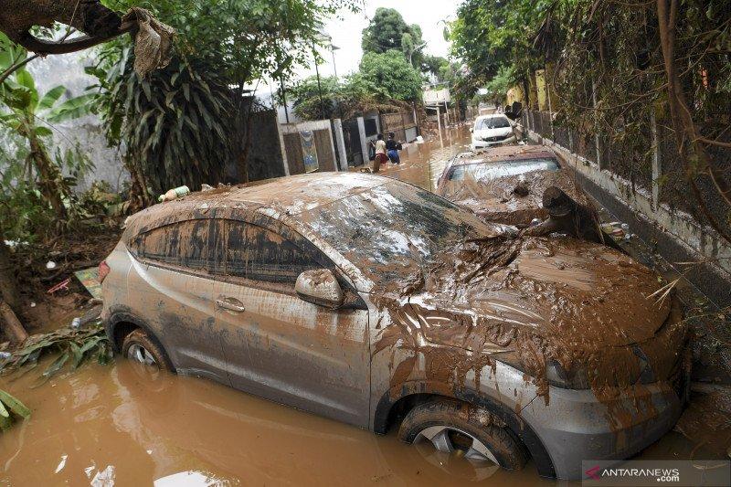 Kondisi komplek IKPN Bintaro pascabanjir
