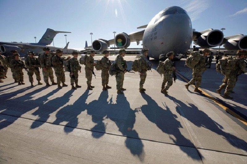 Media: Jet-jet tempur AS lancarkan serangan udara di Suriah