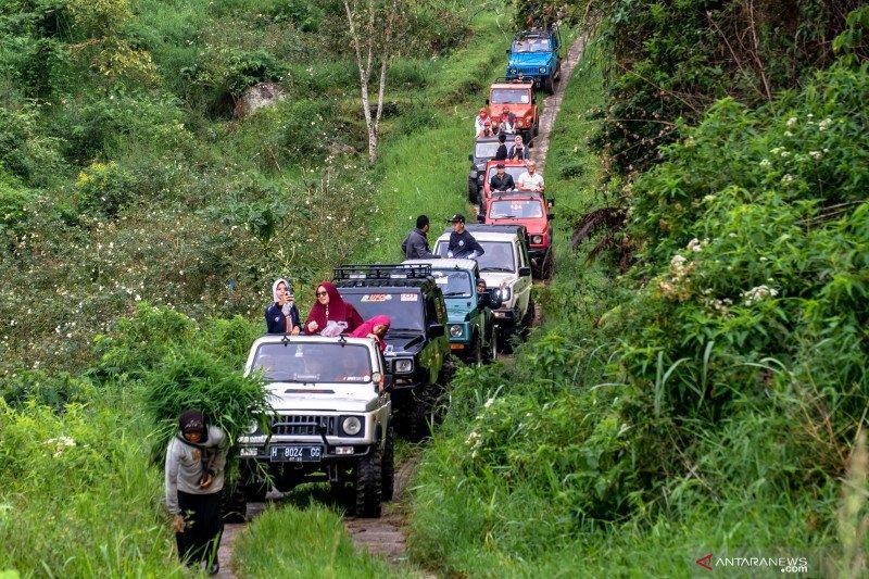 Wisata offroad lereng gunung Ungaran