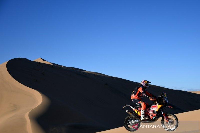 Tanpa panduan lomba, juara bertahan Toby Price menangi etape I Dakar 2020