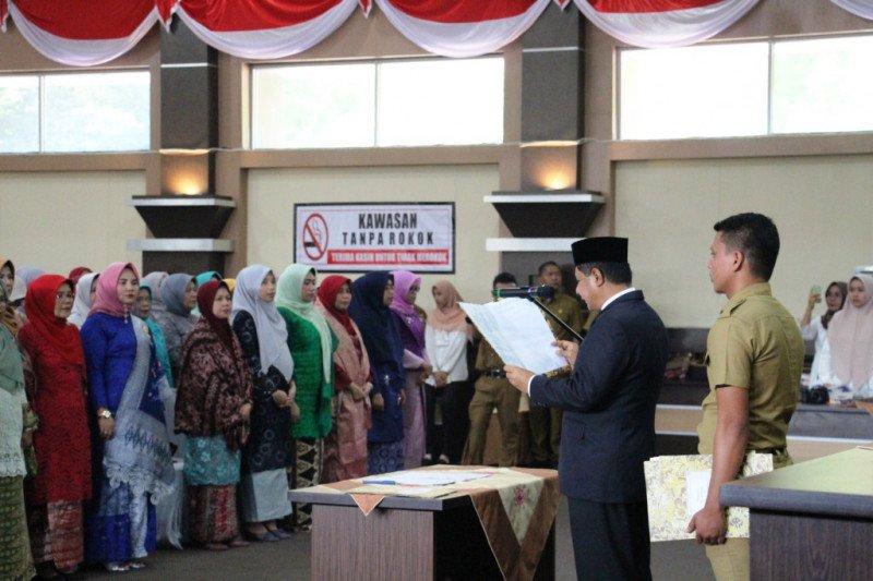 216 ASN Pejabat Pengawas Pemkab Solok dilantik