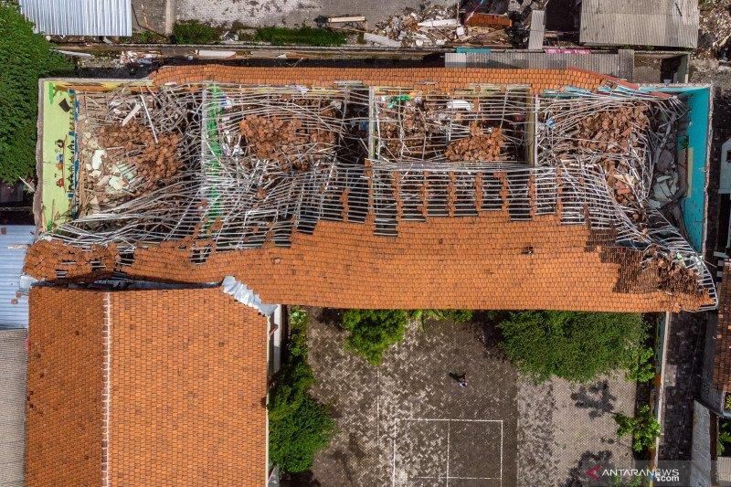 77 unit sarana fasilitas Pemerintah Mamuju rusak akibat gempa