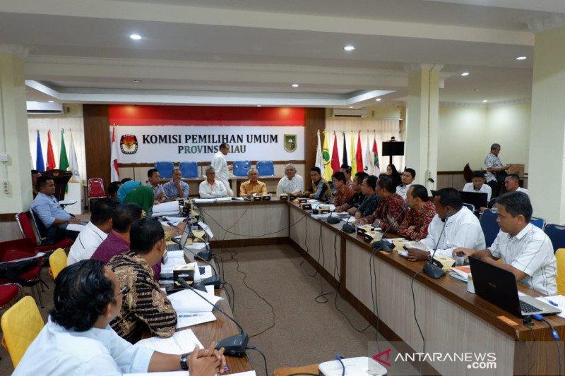 Dua anggota Komisi II DPR RI pantau Pilkada serentak Riau