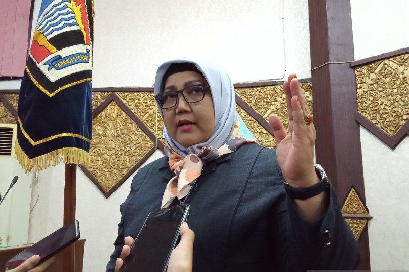 Komisi I DPRD Padang dorong permudah penertiban perizinan kafe