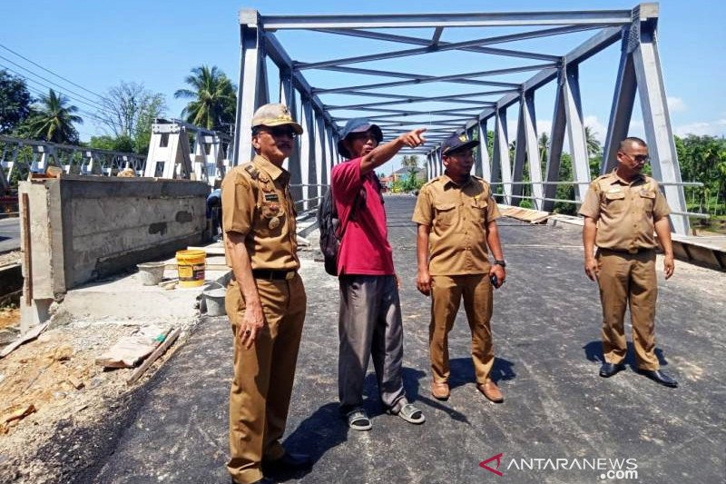 The Salido Bridge valued at Rp. 12.6 billion will be inaugurated