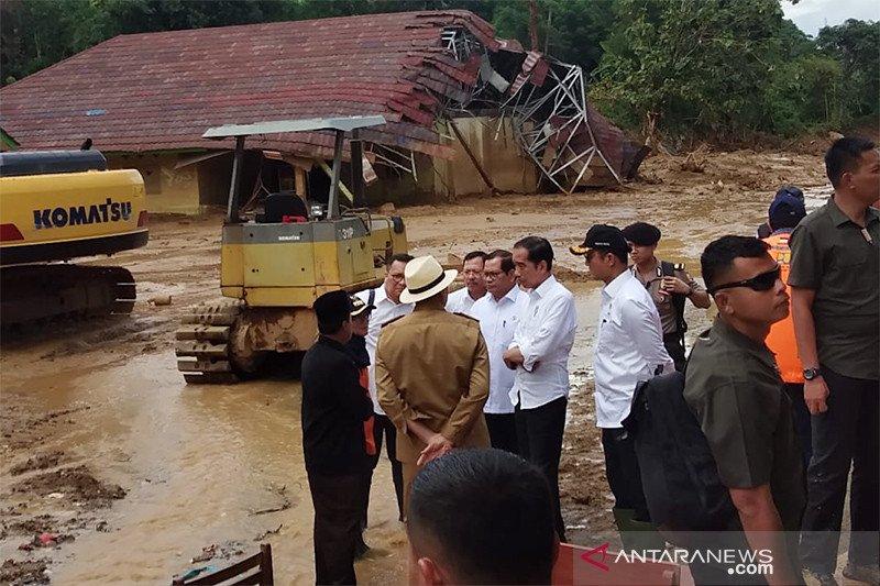 Humaniora kemarin, gempa di Aceh hingga Jokowi kunjungi korban longsor