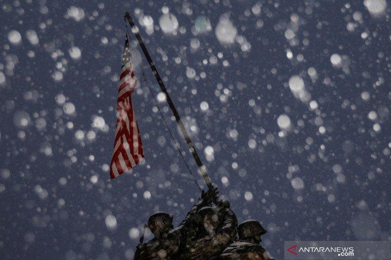 Badai di AS selatan menewaskan 11 orang