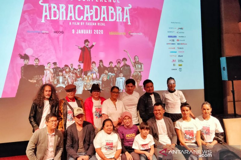 "Produser film ""ABRACADABRA"" sadar segmen pasar film fantasi kecil"