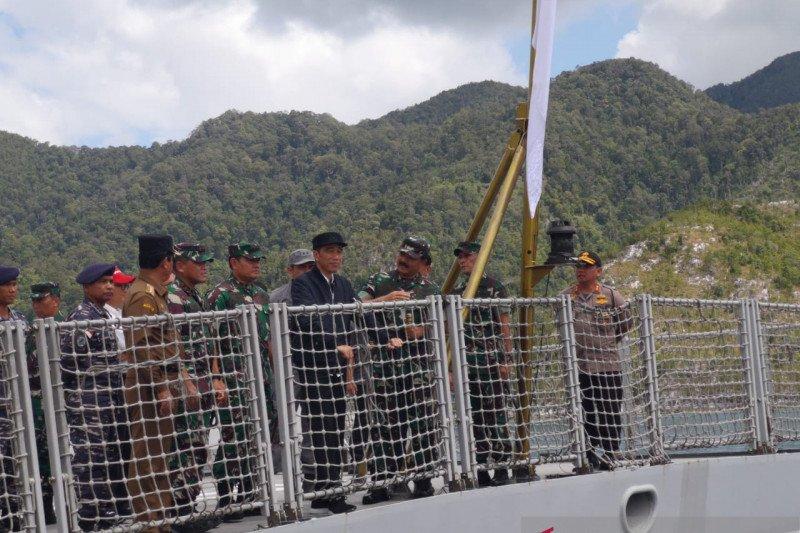 Jokowi ingin pastikan penegakan hukum di Natuna