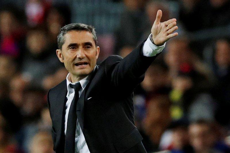 Barcelona pecat Ernesto Valverde, angkat Quique Setien sebagai penggantinya