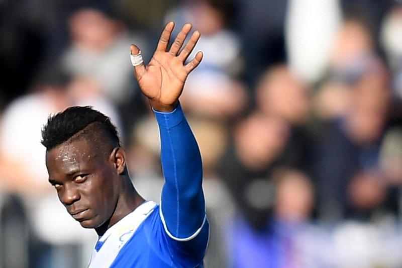 Pendukung rasis ke Balotelli, Lasio dijatuhi denda