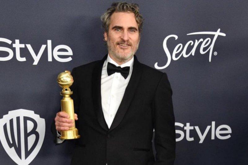 Kurangi limbah fesyen, Joaquin Phoenix akan gunakan tuksedo yang sama