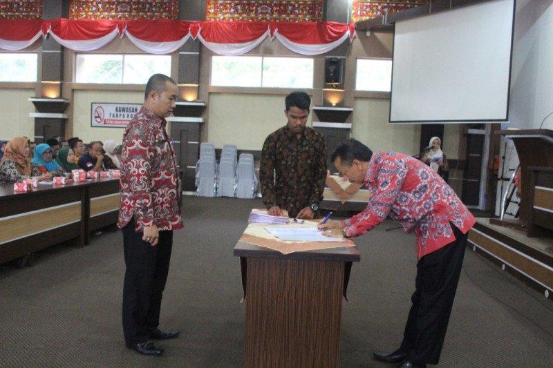 46 pejabat eselon IV di lingkup Sekretariat Daerah Kabupaten Solok serah terima jabatan