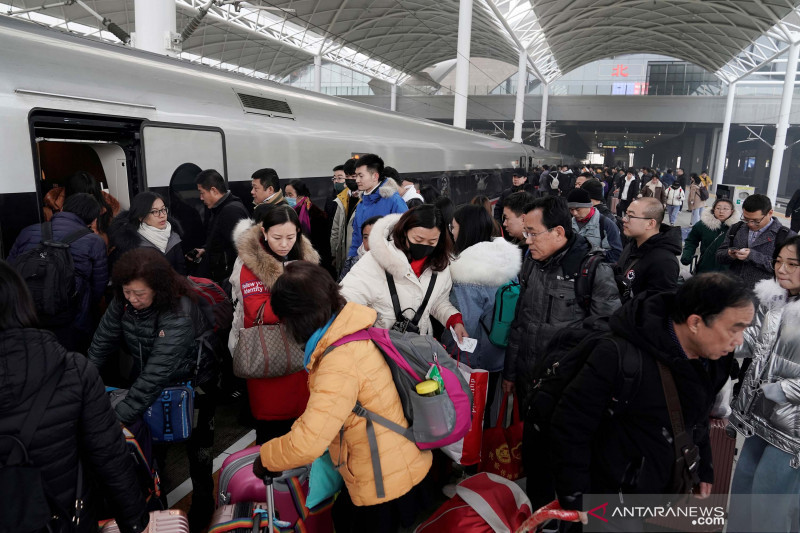 Liburan musim semi jelang tahun baru Imlek di China