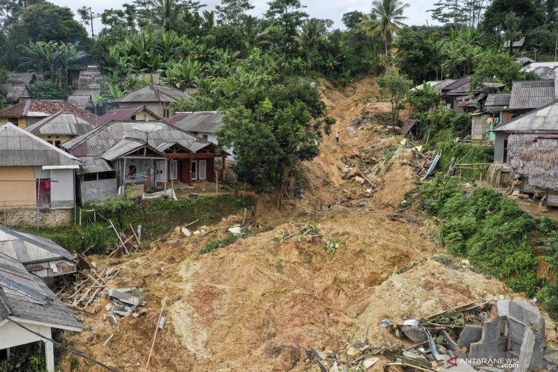 Kondisi Desa Adat Urug pascabencana tanah longsor dan banjir bandang