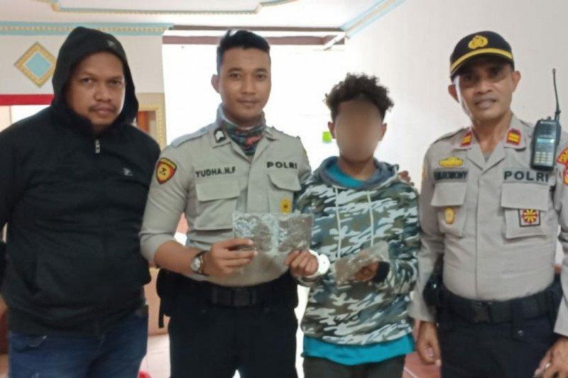 Aparat Polsek KPL Jayapura tangkap pelajar asal Sorong bawa ganja