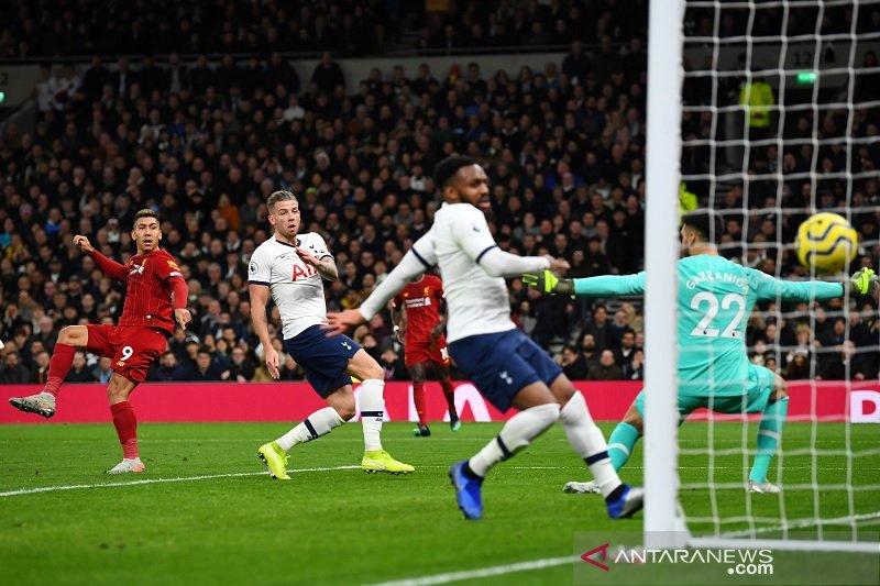 Liverpool bantai Tottenham. Ini catatan pertandingannya