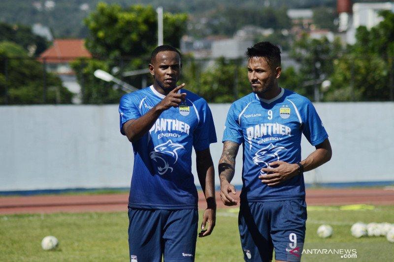 Duo pemain Brasil disiapkan isi kekosongan lini depan Persib Bandung