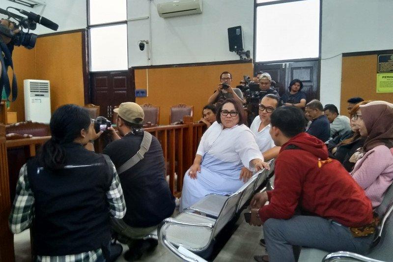 Nunung dan suami dipanggil jaksa sebagai saksi kasus narkoba