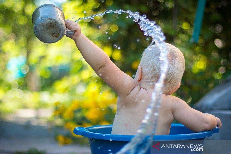 Tips jadikan mandi anak lebih menyenangkan