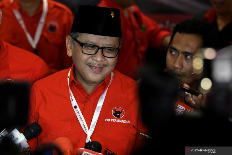 Hasto Kristiyanto diperiksa KPK