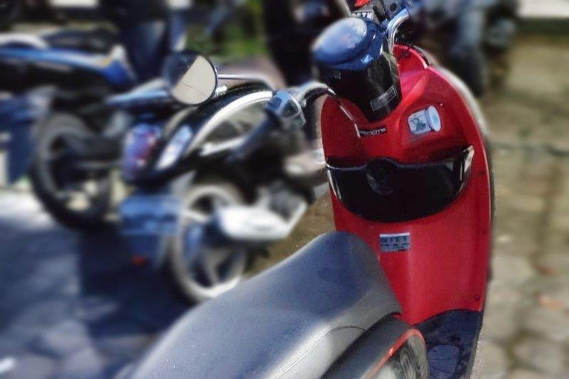 Oknum mahasiswa ditangkap karena diduga mencuri motor