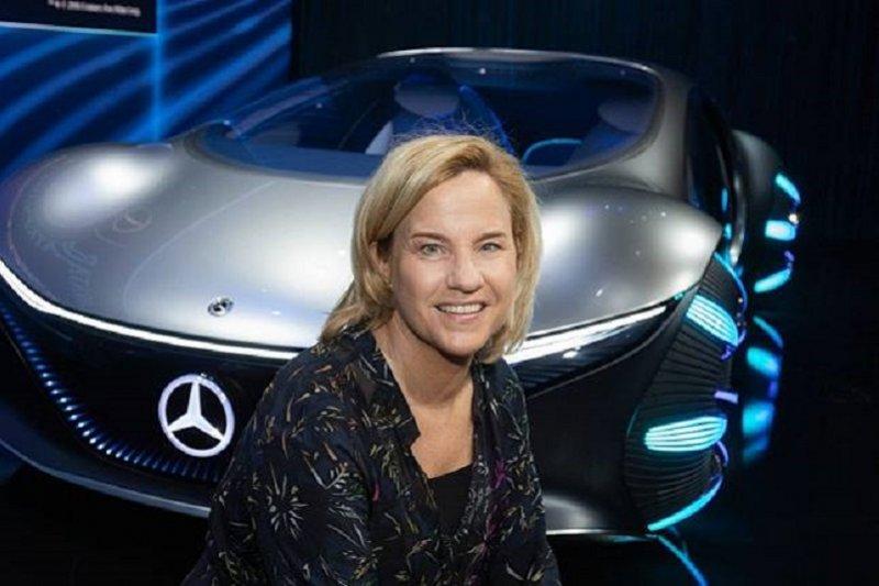 Mercedes-Benz berhasil meraih penjualan tertinggi sepanjang sejarah