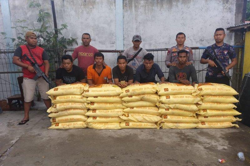 Pulau Pemana pintu masuk bahan peledak ke Flores