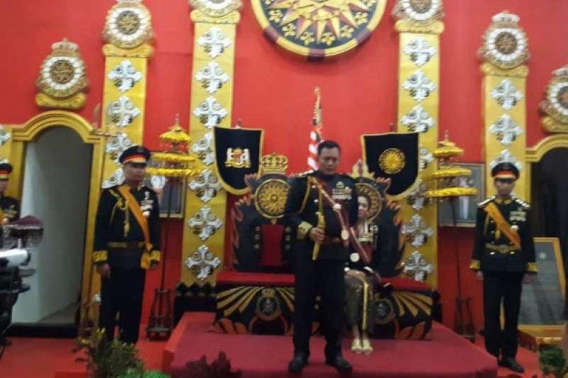 Raja dan Permaisuri Keraton Agung Sejagat Purworejo  ditahan Polisi