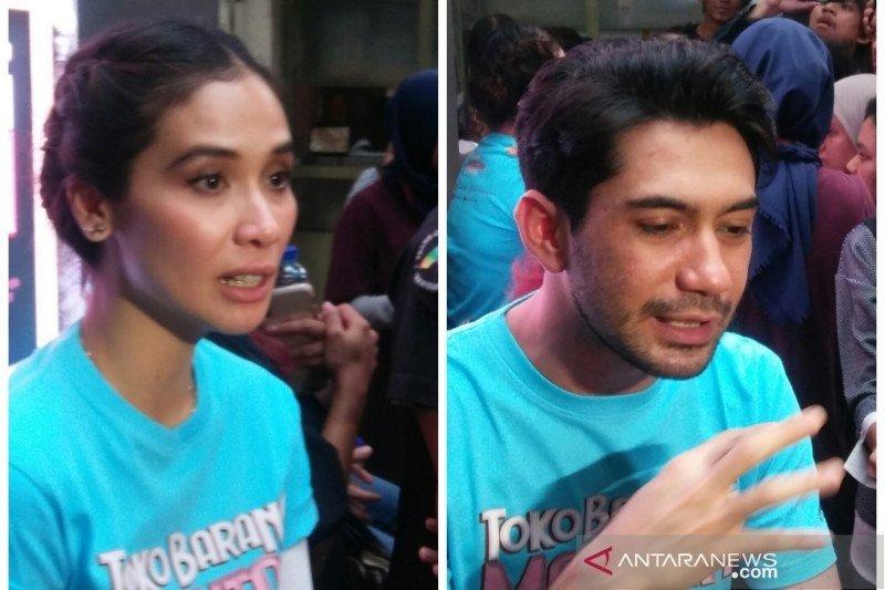 "Reza Rahadian-Marsha Timothy duet perdana di film ""Toko Barang Mantan"""