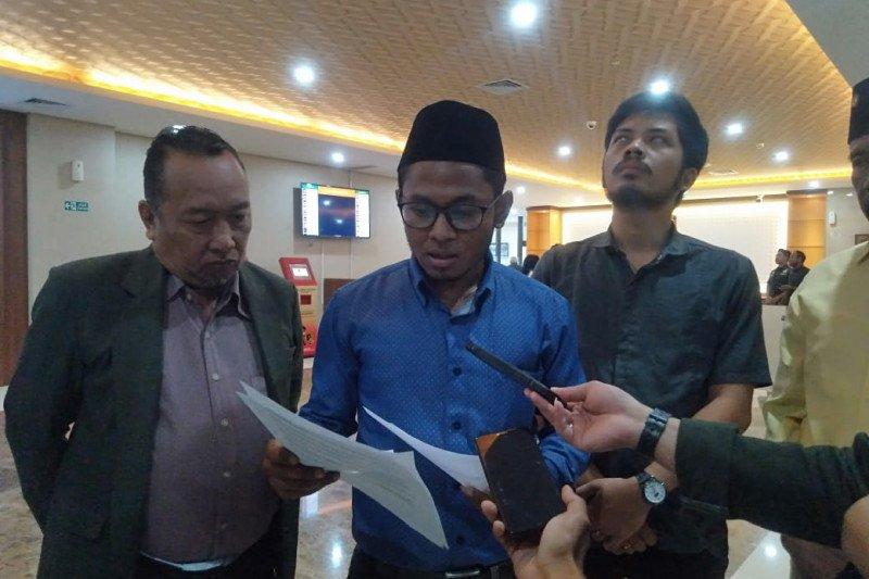 Cemarkan nama Azis Syamsuddin eks Bupati Lamteng akan dilaporkan