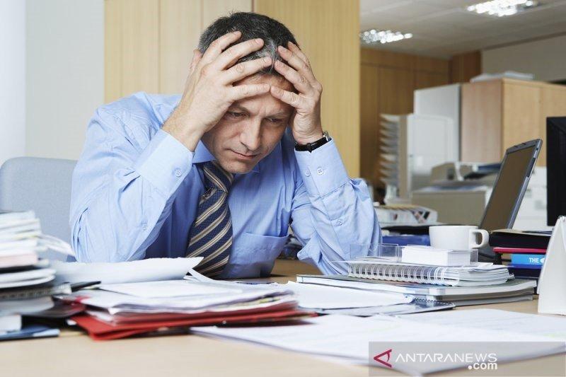 Studi menunjukkan, manusia merasa paling tidak bahagia saat berusia 47 tahun