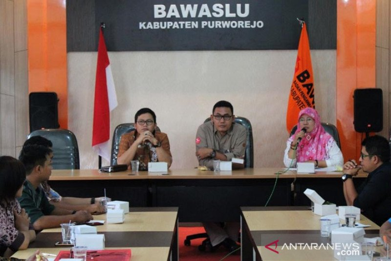 Rekrut PPK, Bawaslu Purworejo buka posko pengaduan