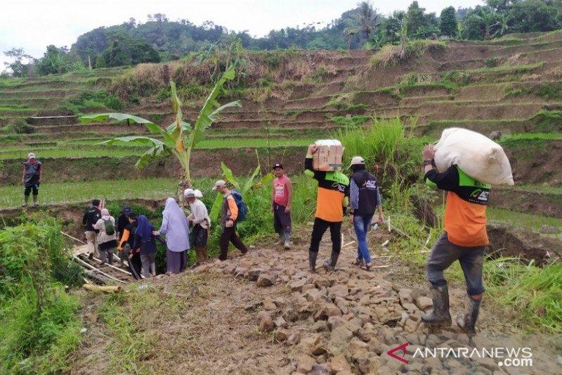 ACT tembus daerah terisolir untuk distribusi bantuan di Kabupaten Bogor